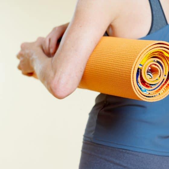 6 yếu tố nên biết trước khi quyết định mua thảm tập yoga
